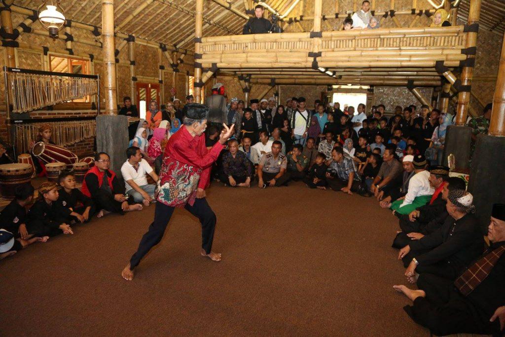 Festival Pencak Silat Kampung Budaya Sunda